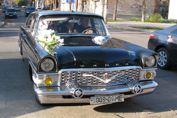 """Аренда авто ГАЗ-13 """"Чайка"""" в Черкассах"""
