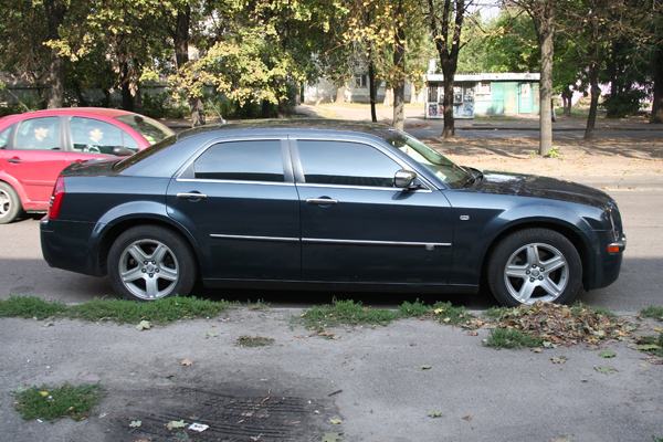 Аренда авто Крайслер 300C в Черкассах