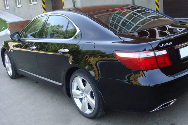 Аренда авто Лексус ЛС 460 в Черкассах